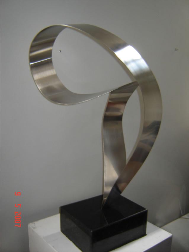 Escultura Médias 58