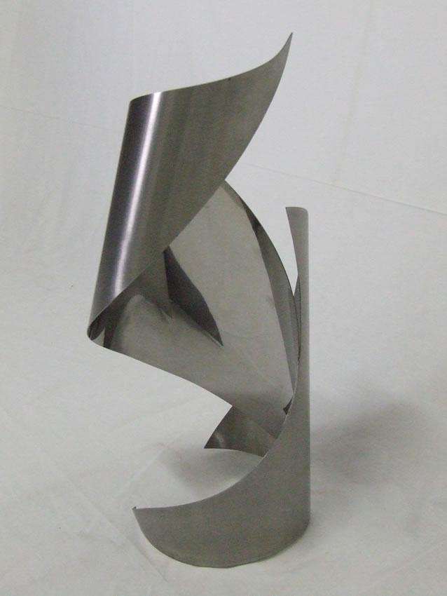 Escultura Médias 64