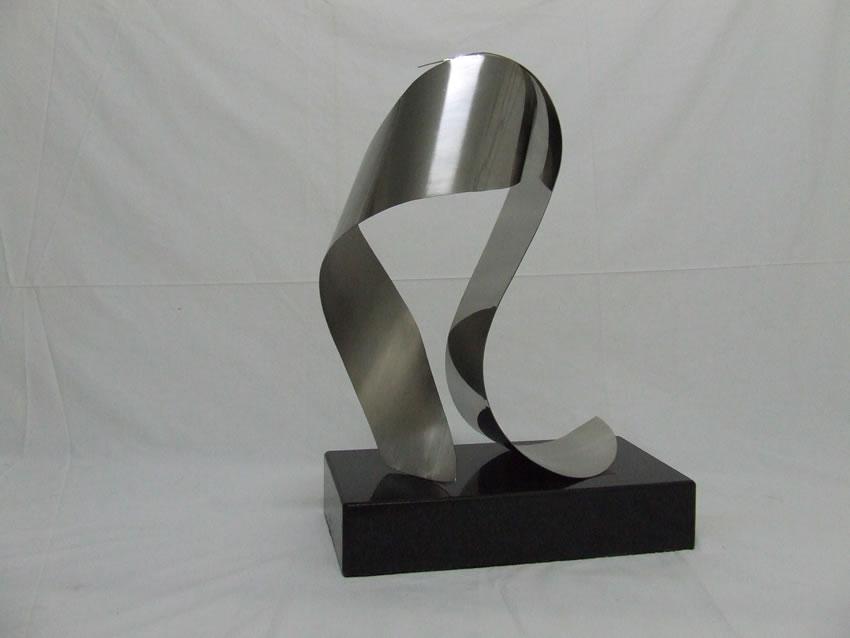Escultura Médias 66
