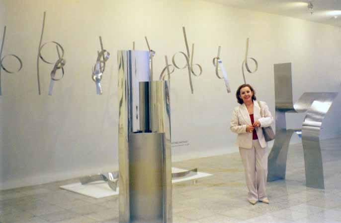 Exposição Coletiva Tridimensional na Arte Contemporânea